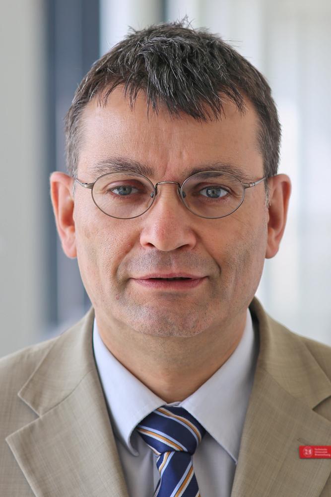 Prof. Dr.-Ing. Thomas Vietor