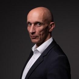 Prof. Dr.-Ing. Stefan Hartmann